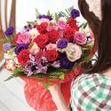 FN2415 꽃을든당신